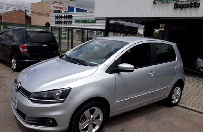 Volkswagen Fox Comfortline 1.6 MI Total Flex - Foto #1
