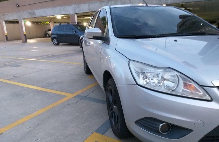 Ford Focus Hatch GLX 2.0 16V (Flex) - Foto #6