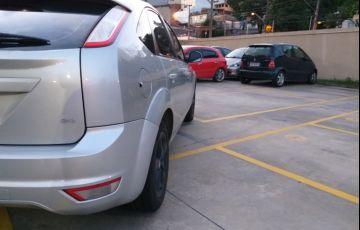 Ford Focus Hatch GLX 2.0 16V (Flex) - Foto #7
