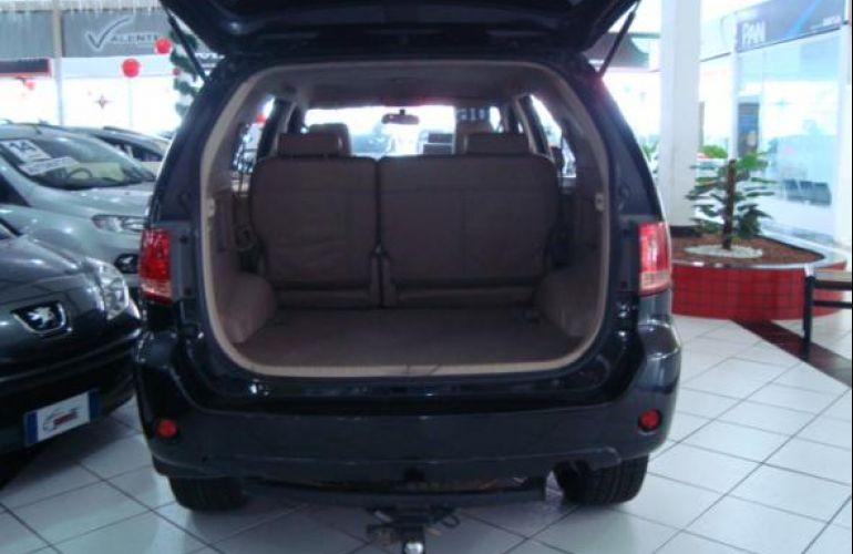 Toyota Hilux Sw4 3.0 TDi 4x4 Srv 5l Auto - Foto #4