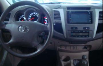 Toyota Hilux Sw4 3.0 TDi 4x4 Srv 5l Auto - Foto #6