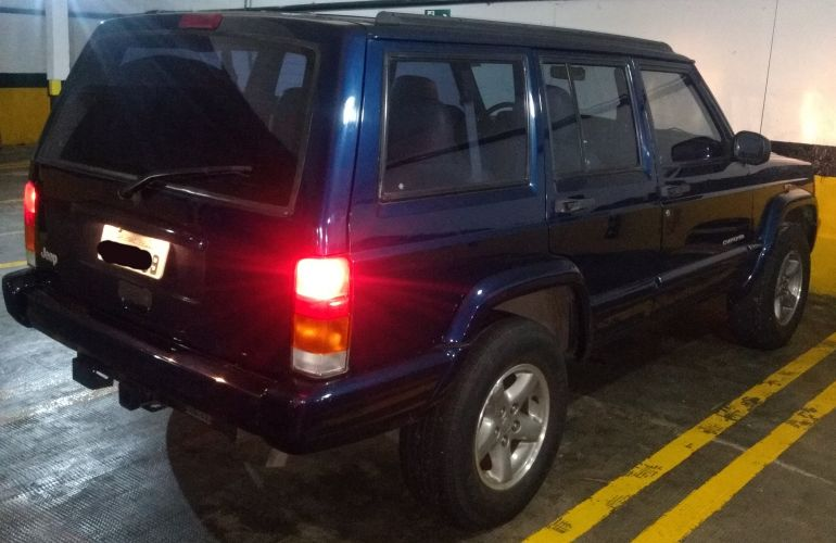 Jeep Cherokee Sport 4.0 (aut) - Foto #2