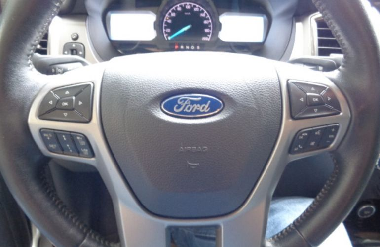 Ford Ranger 3.2 Limited CD 4x4 (Aut) - Foto #8