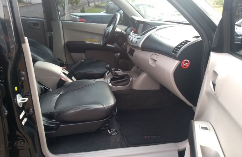 Mitsubishi L 200 Triton HPE 4x4 3.2 (aut) (cab. dupla) - Foto #8