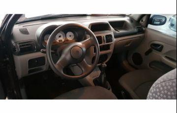 Renault Clio Hatch. Authentique 1.0 8V - Foto #5