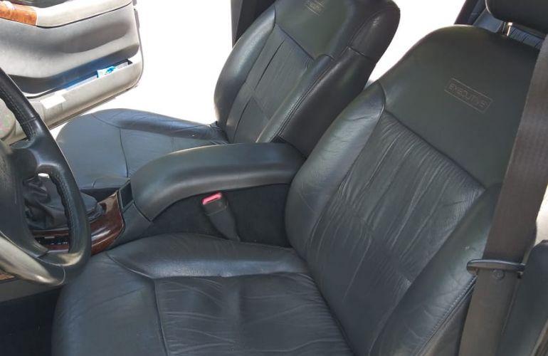 Chevrolet Blazer DLX Executive 4x2 4.3 SFi V6 (nova série) (Aut) - Foto #1