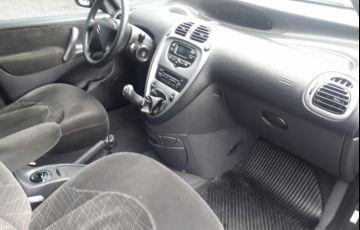 Citroën Xsara Picasso Exclusive 1.6 16V (flex) - Foto #9