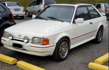 Ford Escort Hatch XR3 1.8 - Foto #1