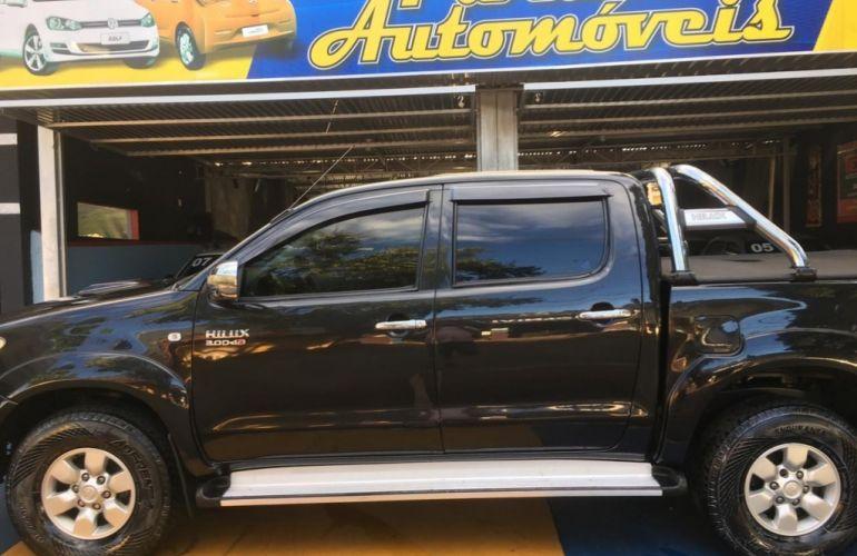Toyota Hilux SRV 4x4 3.0 (cab. dupla) - Foto #2
