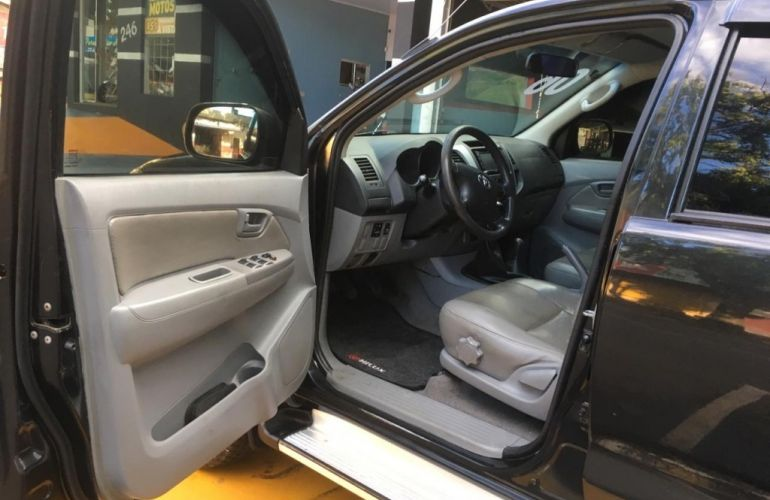Toyota Hilux SRV 4x4 3.0 (cab. dupla) - Foto #8