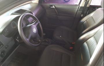Volkswagen Polo 1.6 MSI (Flex) - Foto #2