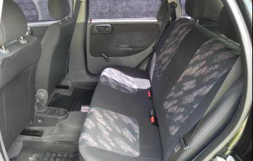 Chevrolet Corsa Hatch 1.0 8V - Foto #8
