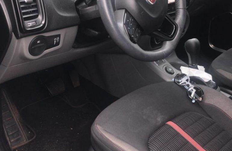 Fiat Toro Freedom 2.4 TigerShark AT9 (Flex) - Foto #1