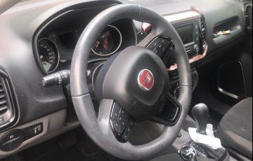 Fiat Toro Freedom 2.4 TigerShark AT9 (Flex) - Foto #2