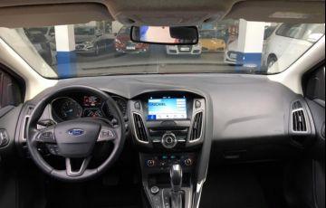 Ford Focus Hatch Titanium 2.0 16V (Aut) - Foto #7