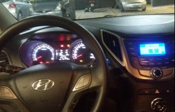 Hyundai HB20S 1.6 Comfort Style - Foto #6