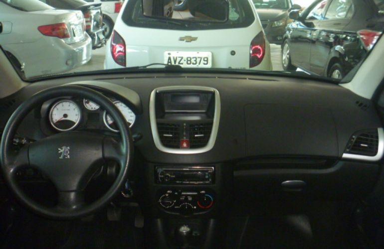Peugeot 207 Hatch XR S 1.4 8V (flex) - Foto #5