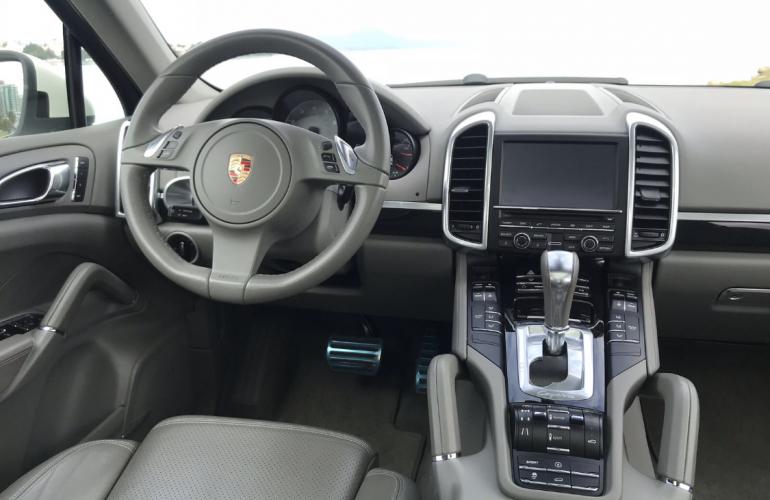 Porsche Cayenne 4.8 V8 S 4WD - Foto #5