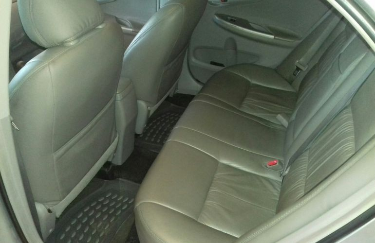 Toyota Corolla Sedan GLi 1.8 16V (flex) - Foto #2