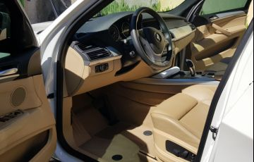 BMW X5 4.8i 4x4