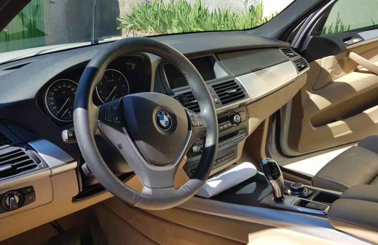 BMW X5 4.8i 4x4 - Foto #10