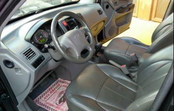 Hyundai Tucson GL 2.0 16V (aut.) - Foto #3