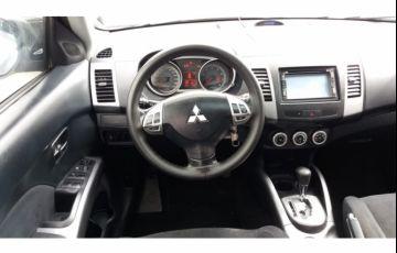 Mitsubishi Outlander 2.4 - Foto #10