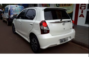 Toyota Etios Platinum 1.5 (Flex) (Aut) - Foto #8