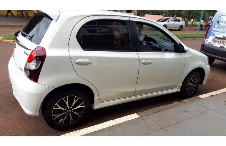 Toyota Etios Platinum 1.5 (Flex) (Aut) - Foto #10
