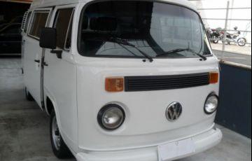 Volkswagen Kombi Standard 1.5 8V - Foto #3