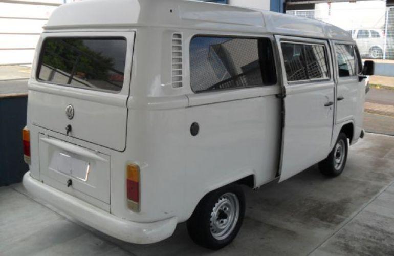 Volkswagen Kombi Standard 1.5 8V - Foto #9