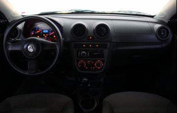Volkswagen Voyage 1.0 Total Flex - Foto #8