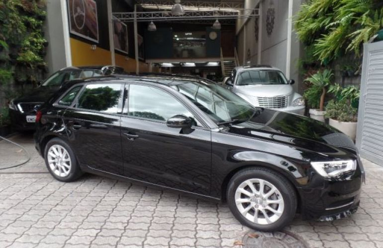 Audi A3 Attraction S-tronic 1.4 16V - Foto #2
