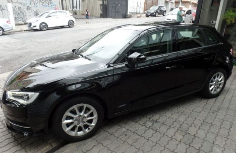 Audi A3 Attraction S-tronic 1.4 16V - Foto #5