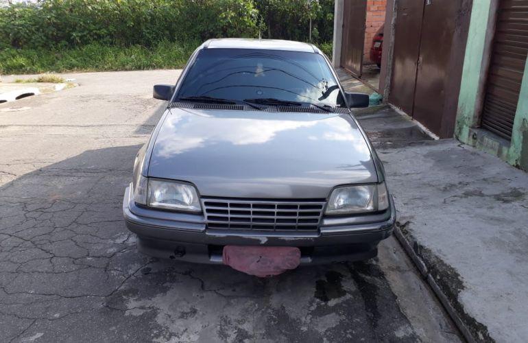 Chevrolet Kadett Hatch SLE 1.8 EFi - Foto #4