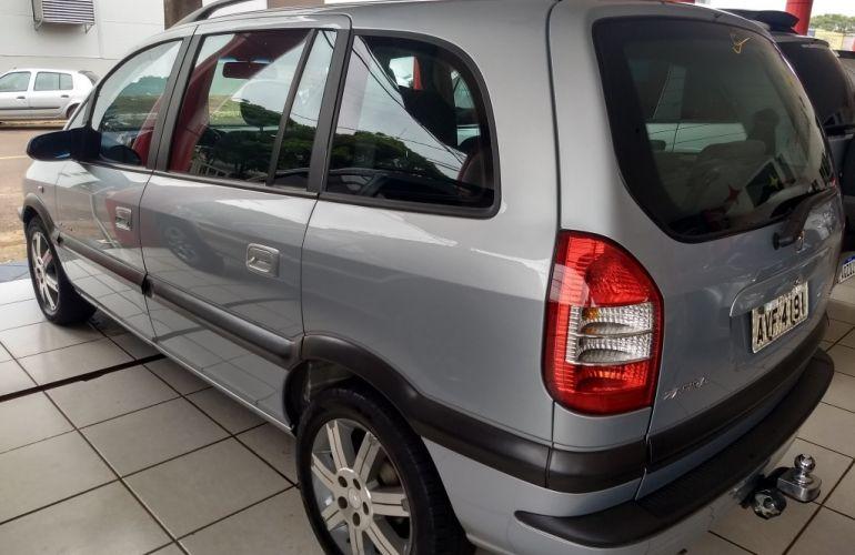 Chevrolet Zafira Elegance 2.0 (Flex) (Aut) - Foto #6