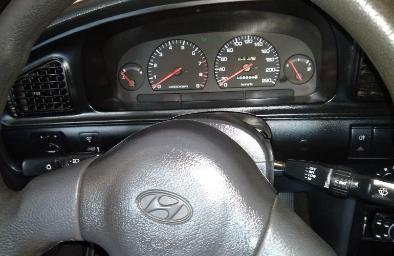 Hyundai Elantra Sedan GLS 1.6 - Foto #4