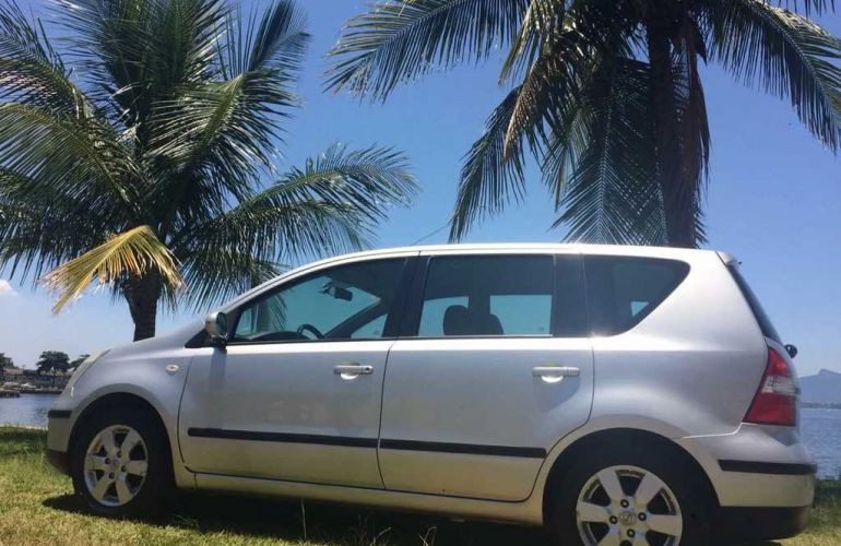 Nissan Livina SL 1.6 16V (flex) - Foto #5