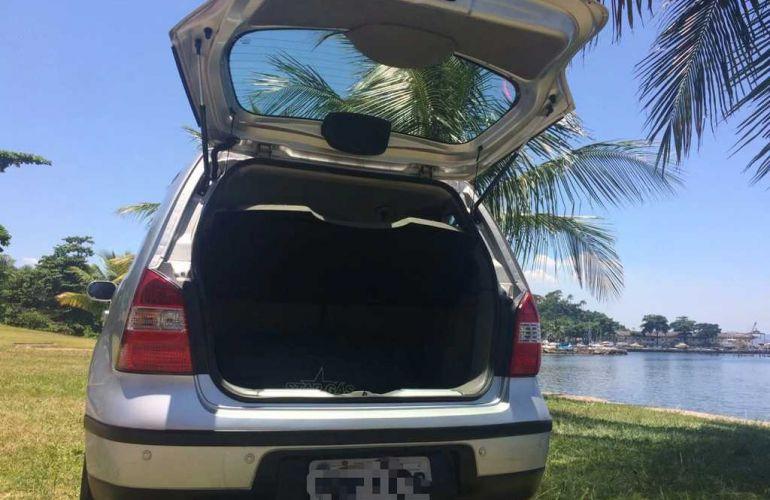 Nissan Livina SL 1.6 16V (flex) - Foto #8