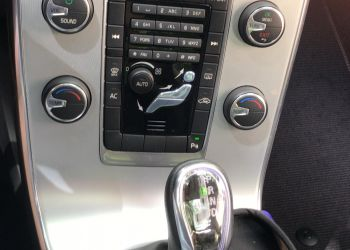 Volvo S60 2.0 T5 R-Design - Foto #2