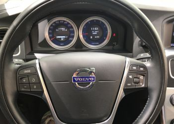 Volvo S60 2.0 T5 R-Design - Foto #3