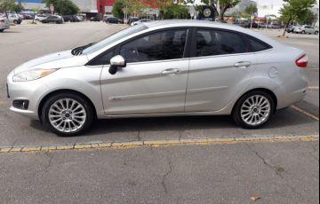 Ford New Fiesta Sedan 1.6 Titanium PowerShift (Flex) - Foto #2