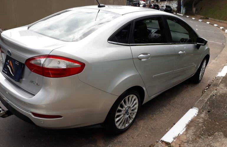 Ford New Fiesta Sedan 1.6 Titanium PowerShift (Flex) - Foto #4