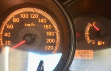 Nissan Livina S 1.6 16V (flex) - Foto #8