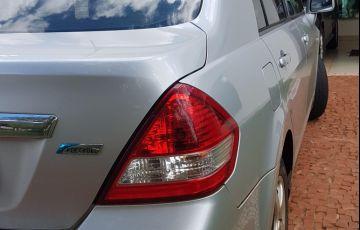 Nissan Tiida Sedan 1.8 16V (Flex) - Foto #6