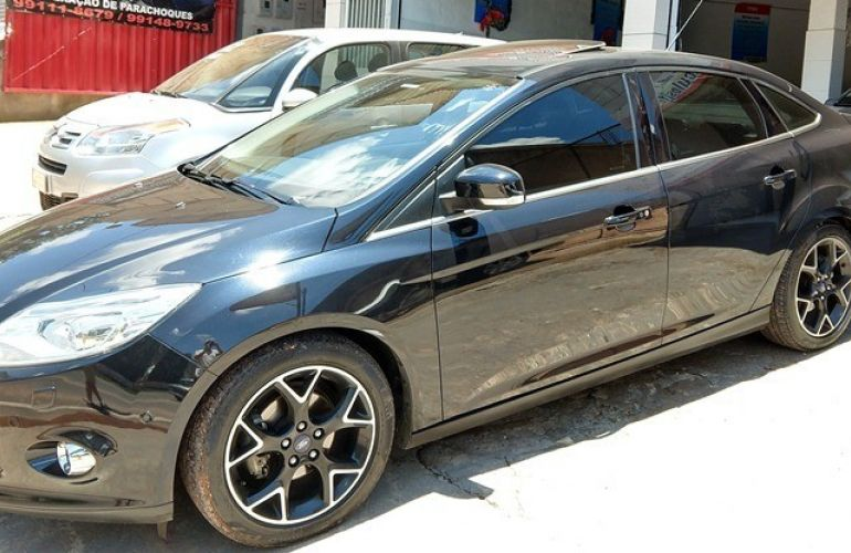 Ford Focus Sedan Titanium Plus 2.0 16V PowerShift (Aut) - Foto #4