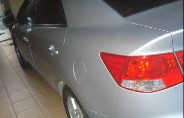 Kia Cerato EX 1.6 16V - Foto #2
