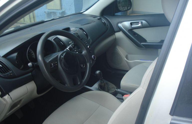 Kia Cerato EX 1.6 16V - Foto #4