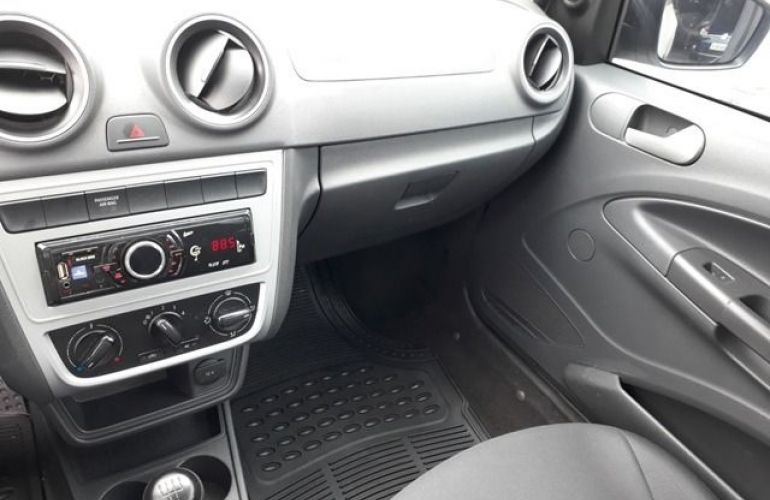Volkswagen Saveiro 1.6 8V - Foto #8