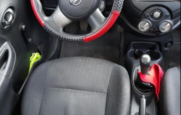 Nissan March 1.0 16V (Flex) - Foto #4